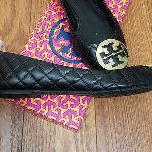 Tory Burch Shoes - ☀️Tory Burch Leather Flats